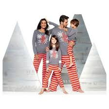best 25 pajamas for family ideas on family