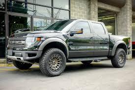 dark grey jeep black rhino madness wheels matte black with dark tint machined