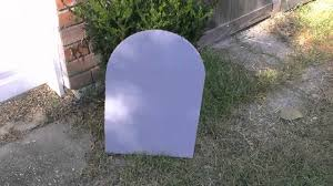 halloween headstones how to make inexpensive headstones for halloween youtube
