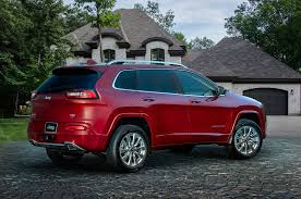 red jeep 2016 2016 jeep cherokee gains more upscale overland model