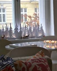 Diy Window Decorations For Christmas by 19 Best Christmas Window Decorations Images On Pinterest
