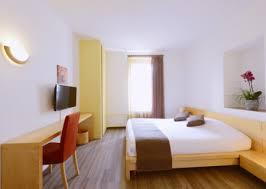 location chambre d hotel au mois chambres louées au mois hôtel du marché lausanne
