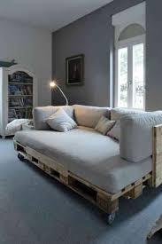 canap fait avec des palettes fabriquer des meubles avec des palettes en 33 idées originales