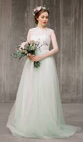 non white wedding dresses 7 non white wedding dresses for colorful brides tying the knot