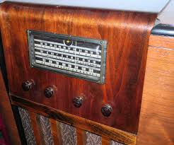 restoration new life out of a busted 1930s radio conversion idolza
