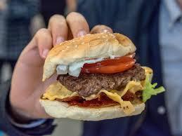five guys vs smashburger taste test business insider