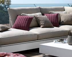 gro e kissen f r sofa outdoor kissen für mehr wohnlichkeit bild 10 schöner wohnen