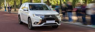 mitsubishi outlander 7 seater 2017 mitsubishi outlander phev juro complete guide carwow