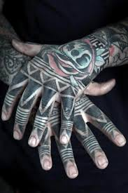 33 attractive finger tattoos for