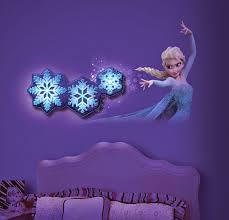Disney Frozen Bedroom by How Adorable Is This Frozen Room Decor From Unclemilton Home