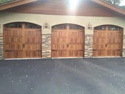 Overhead Door Windows C H I Overhead Doors Model 5216 In Cedar With Optional Arched