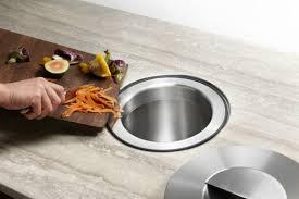 cuisine pratique comment choisir une poubelle cuisine pratique et tendance
