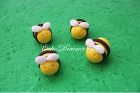 bumble bee cake topper bumble bee fondant cake topper cake dreamer flickr