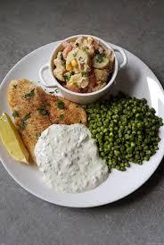 comment cuisiner les petits pois filet de poisson cuit au four sauce tartare petits pois et salade