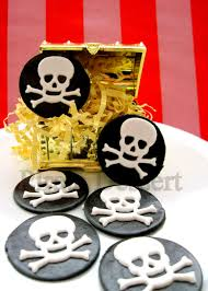 edible pirate cupcake toppers black and white skull pirate