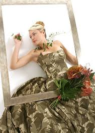 12 of the most bizarre wedding dresses funny wedding dresses