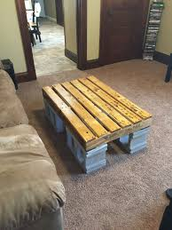 Pallet Furniture Side Table Pallet And Cinder Block Coffee Table My Projects Pinterest