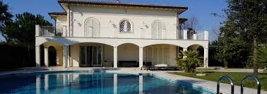real estate agency forte dei marmi