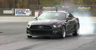 2015 mustang gt quarter mile the s fastest n a 2015 mustang gt has clocked an 11sec