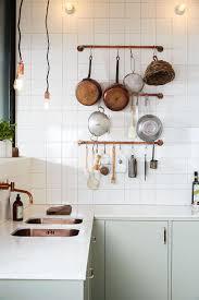 tringle de cuisine tringle cuivre cuisine detournement objet recup idée rangement