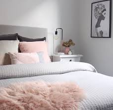 Gray And Pink Bedroom by Best 25 White Grey Bedrooms Ideas On Pinterest Beautiful