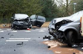car accident lawyers explain the dangers of texting u0026 driving