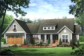 one story craftsman style homes small craftsman homes 3 bedroom sq ft craftsman plan with eat in