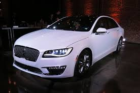 lincoln 2017 2017 buick lacrosse vs lincoln mkz an auto show matchup