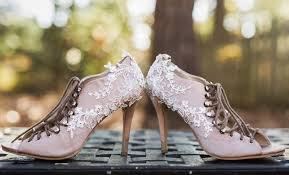 the pretty bits diy swarovski and lace wedding shoes lauren d