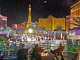 things to do around las vegas a season that u0027s merry and bright with these festive vegas holiday