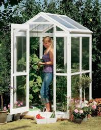Small Backyard Greenhouse by 84 Diy Greenhouse Plans You Can Build This Weekend Free