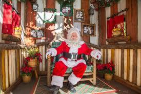 When Do Christmas Decorations Go Up At Disneyland Holidays At The Disneyland Resort Return November 10 Through