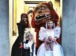 family costumes 11 brilliant ideas for family costumes that will you away