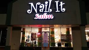 nail care in oklahoma city ok nail it salon 405 603 7702