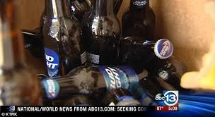 How Much Is A Case Of Bud Light Marcus Forson Finds Snake Inside A Case Of Bud Light Beers Daily