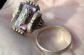 gold metal rings images How to find gold rings with metal detector jpg