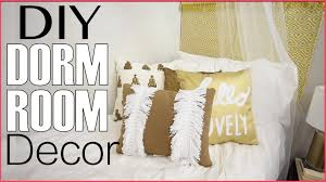 Room Decorations by Back To Dorm Room Decorating Diy Headboard Decor