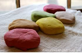 homemade sensory play dough with natural diy colorings