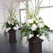 white floral arrangements wedding wednesday big urns big arrangements flirty fleurs