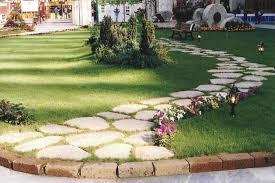 vialetti in ghiaia vialetto giardino fai da te foto design mag