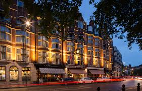 the breslin bar and dining room popular neighbourhoods to explore in london nothing like the
