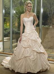Champagne Wedding Dresses Making Your Inner Beauty Comes Out With Champagne Wedding Dresses