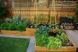Chic Small Space Garden Design Small Space Gardening Ideas