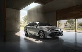 toyota canada first look 2018 toyota camry canadian auto review