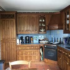 repeindre cuisine luka deco design relooker une cuisine rustique en chène repeindre
