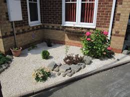 Decorative Shrubs Cotswold Chippings 10mm Used To Create A Decorative Landscape