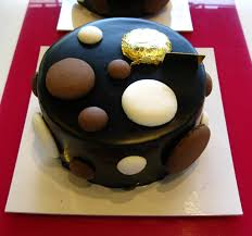 a delight for the eyes cakes and sweets by ladurée fauchon and