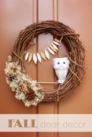 Fall Decorating Projects - diy welcome the fall with mesmerizing wreaths for interior or