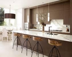 ilot repas cuisine coin repas intégré à l îlot plan de travail en marbre espace repas