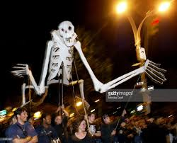 halloween event nyc greenwich village u0027s halloween parade photos and images getty images